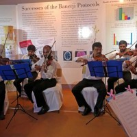 Live Instrumental Music by the Calcutta Music School enthralled the audience