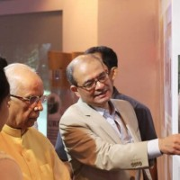 Guided tour of the photo exhibition by Ms. Isha Banerji